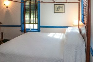 OH - GFH Bed and Breakfast Blue Room