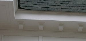 Dentil moulding under the soffit on the front and back of the house indicate sufficient wealth to add decorative details.